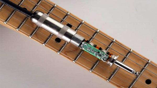 کابل گیتار با پری امپ داخلی